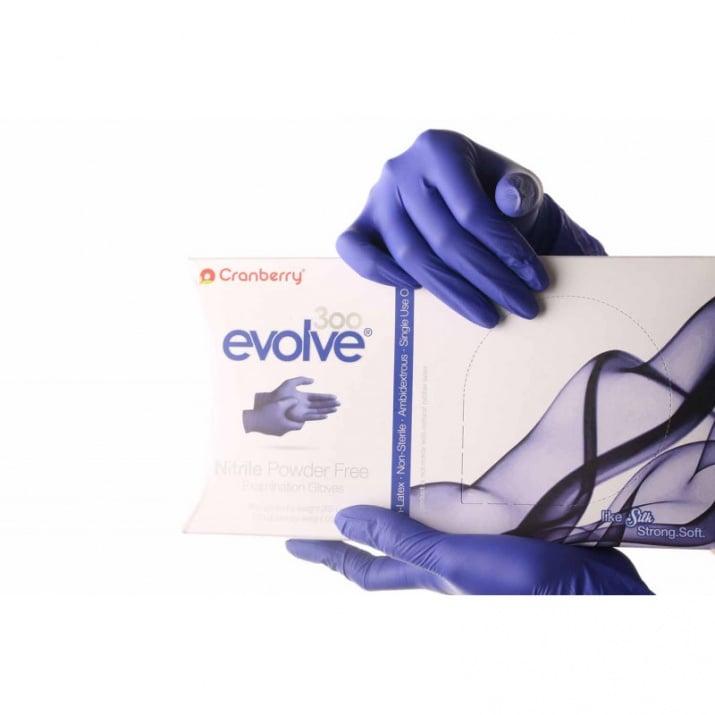 Ръкавици нитрилни EVOLVE 300 бр.